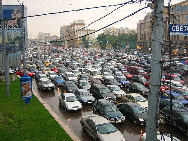 Мост пока не помог – мэрия ищет новые способы разгрузить «Большевичку»