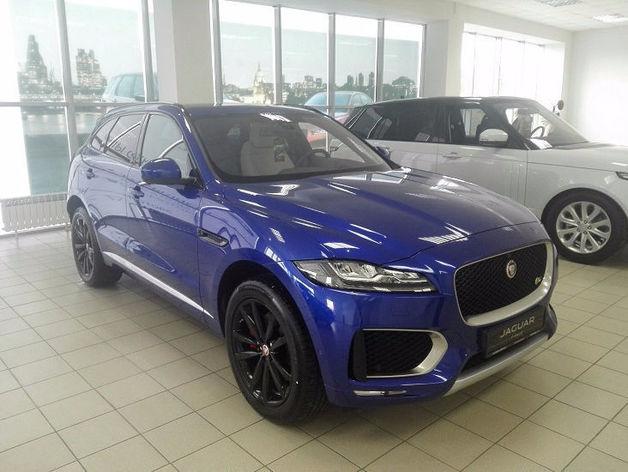 Новый официальный дилер Jaguar и Land Rover открыл салон в Новосибирске