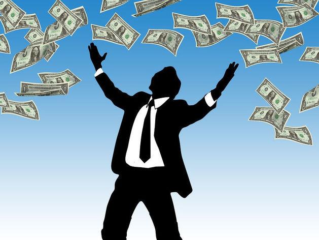 Что новосибирские бизнесмены называют самой бесполезной тратой денег? Блиц-опрос