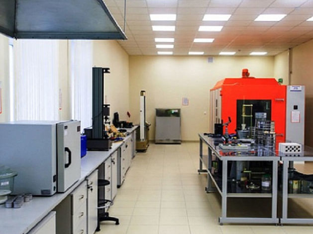 Сибстрин позвал застройщиков испытывать стройматериалы в своей новой лаборатории