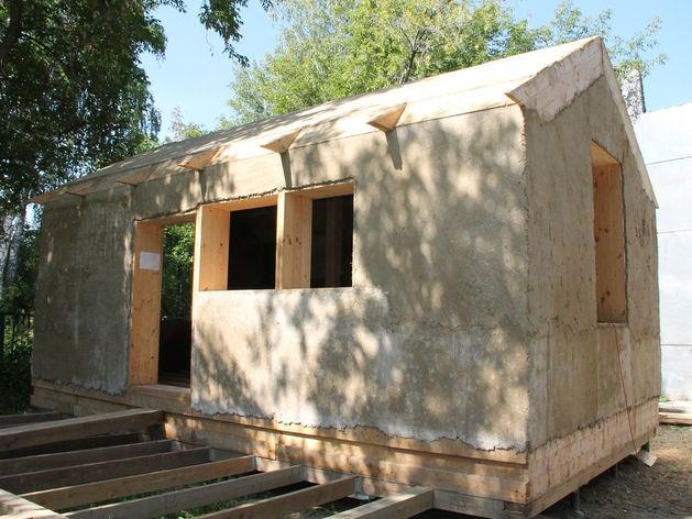 Новосибирская компания придумала, как зарабатывать на строительстве «соломенных домов»