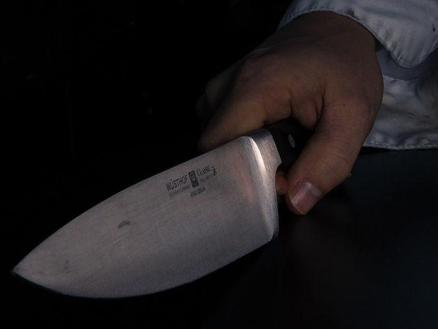 В Новосибирской области мужчина нанес товарищу ножевые ранения
