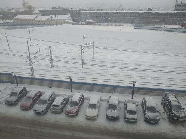 Мэрия Новосибирска отчиталась об очистке от снега 138 парковок и 282 км тротуаров