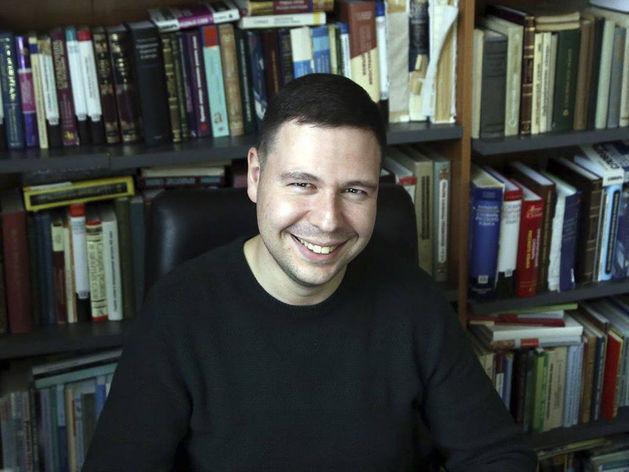 Владимир Пахомов: «Надо доверять нашему языку: если это слово ненужное, то оно уйдет»