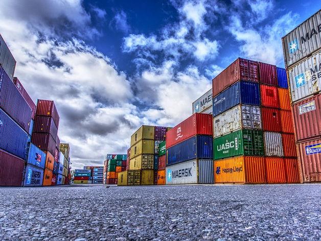 Товаров на 1,1 млрд долларов США вывезено из Новосибирской области за год