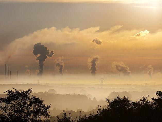 Синоптики рассказали, когда из Новосибирска исчезнет опасная дымка