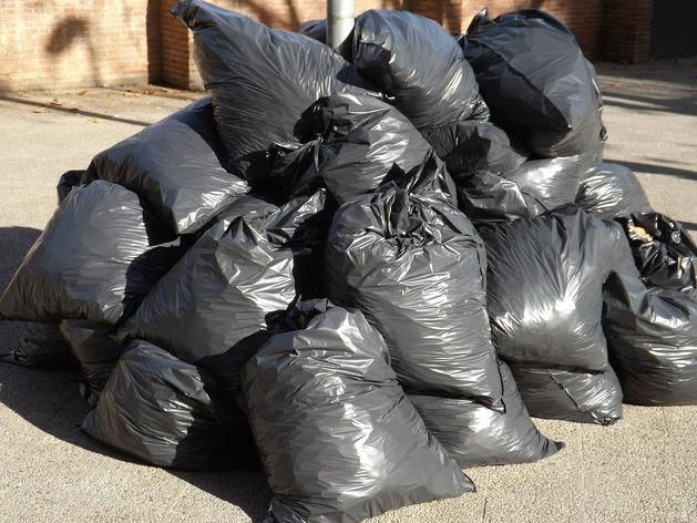 Травников прокомментировал отзыв иска к новосибирскому мусорному регоператору