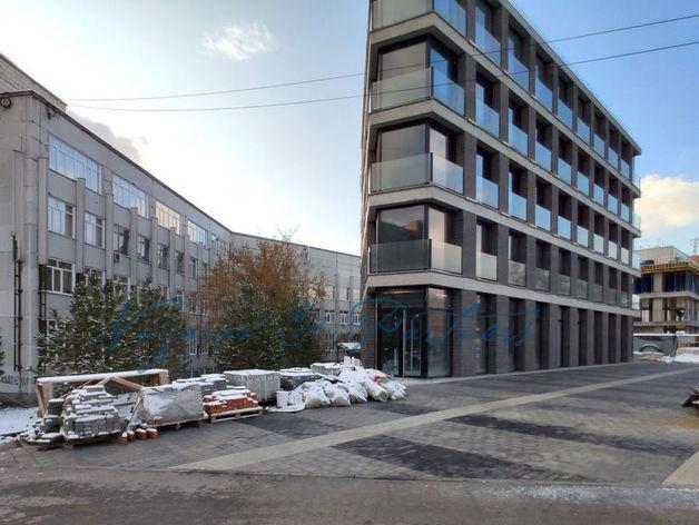 Здание Западно-Сибирской студии кинохроники выставлено на продажу за 230 млн руб.