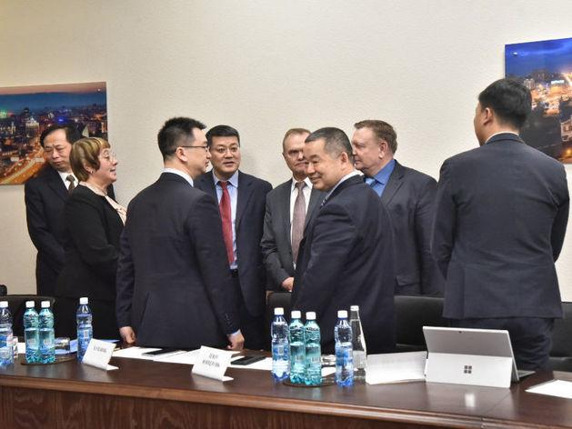 Новосибирское правительство думает над созданием совместных предприятий с Китаем