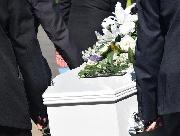 Гробы оптом продает бизнесмен из Новосибирска