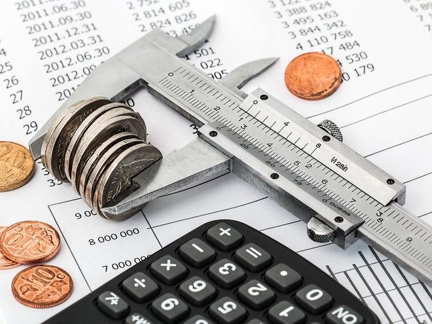 Крупные налогоплательщики региона снизили выплаты без объяснения причин