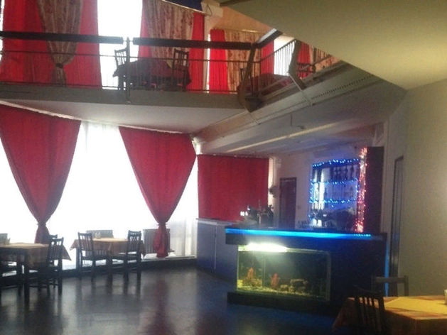 Незаконное кафе снесут в Первомайском сквере