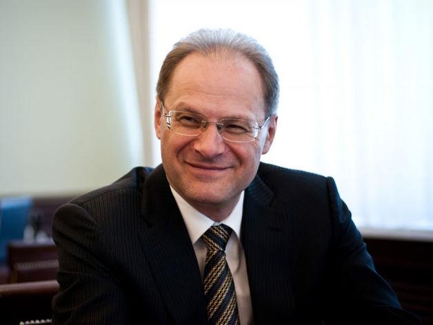 Экс-губернатор Юрченко отсудил компенсацию за уголовное преследование