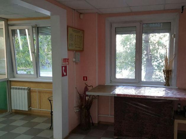 Напротив ТЦ «Галерея Новосибирск» продают коммерческое помещение