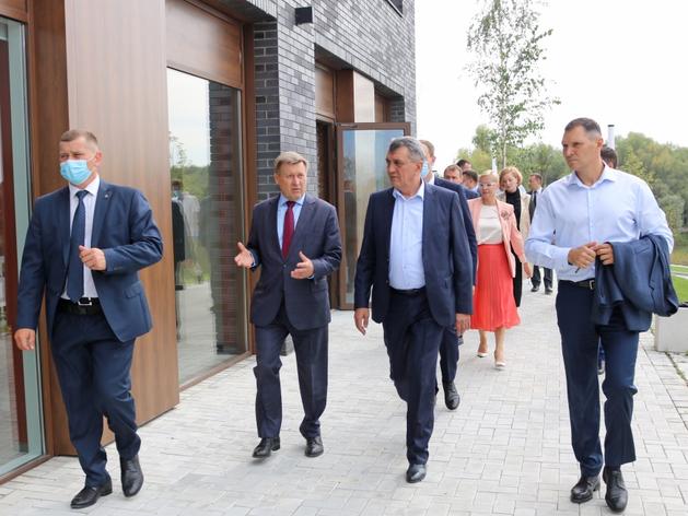 Школу за 860 млн руб. построят в Новосибирске к 2021 году