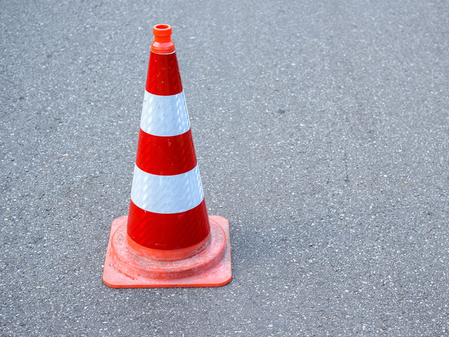 Четырехполосную улицу на «Родниках» пообещали сдать до конца месяца