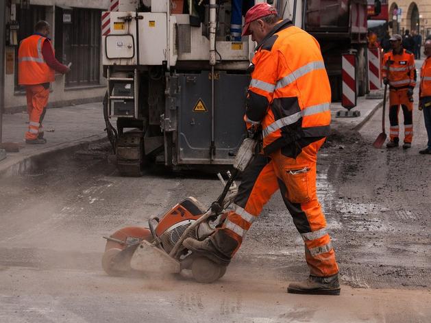 257 миллионов вложат в ремонт двух улиц в Новосибирске