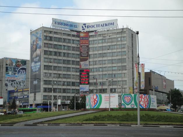 Площадь Калинина реконструируют перед установкой почетной стелы