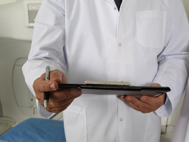 С опережением графика строят новосибирскую поликлинику на 300 посещений в сутки
