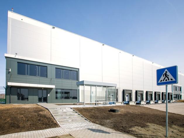 Ozon открыл крупнейший логистический хаб в Сибири и инвестирует в регион 3,5 млрд руб.