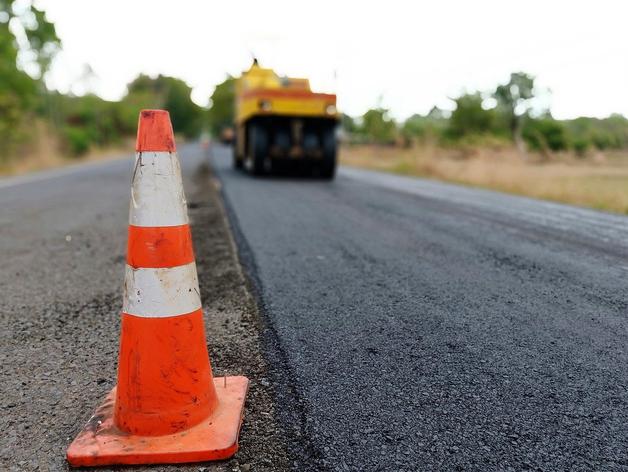 Почти 280 миллионов дополнительно получит Новосибирск на ремонт дорог