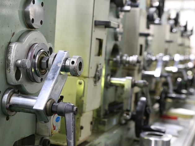 Госдума запросит информацию у правительства РФ о поддержке новосибирского завода