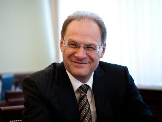 Дело экс-губернатора Юрченко отправили на новое судебное рассмотрение