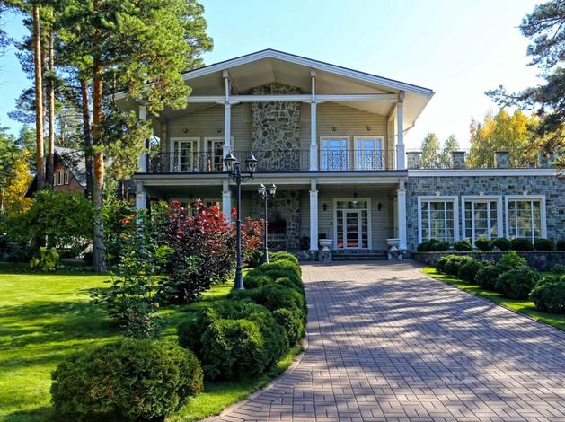 Коттедж со спа-комплексом за 155 миллионов продают в Новосибирске