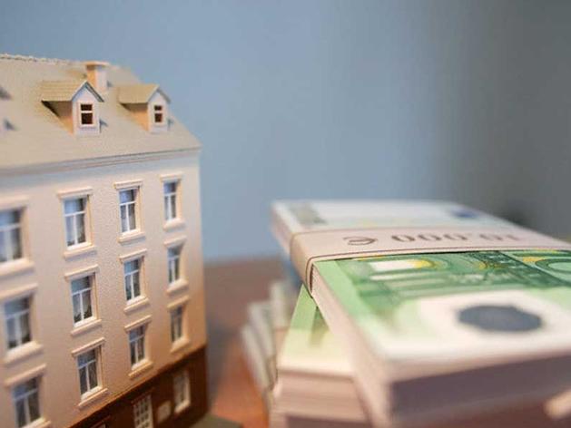 Что можно купить за границей вместо элитного загородного дома в Новосибирске