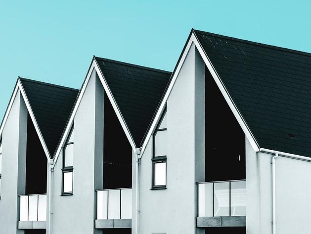 «Продать нельзя оставить». Как поступать с единственным жильем банкрота