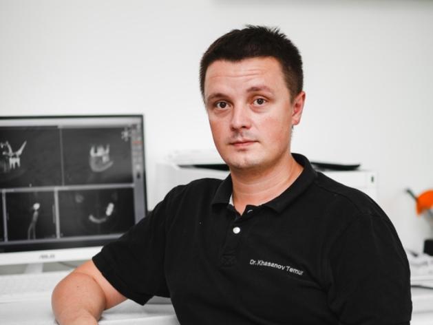 Хасанов Темур Фаридович -стоматолог ортопед Международного центра имплантологии iDent